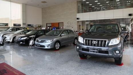 Giá xe Toyota tăng tới 55 triệu đồng từ 1/10 - ảnh 1