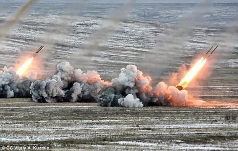 TOS-1A: 'Hỏa ngục' đủ sức phá 8 tòa nhà Nga mang đến Syria - ảnh 2