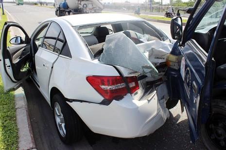 Chú ý những nguy cơ chết người khi lái xe đường dài - ảnh 3