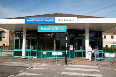 Bệnh viện Hoàng gia Cornwall (Anh)