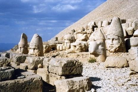Bí ẩn lăng mộ khổng lồ 2.000 tuổi ở Thổ Nhĩ Kỳ - ảnh 12