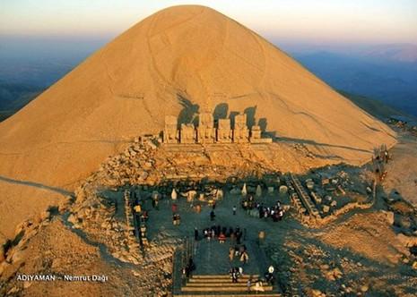 Bí ẩn lăng mộ khổng lồ 2.000 tuổi ở Thổ Nhĩ Kỳ - ảnh 2