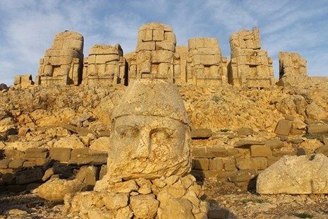 Bí ẩn lăng mộ khổng lồ 2.000 tuổi ở Thổ Nhĩ Kỳ - ảnh 4
