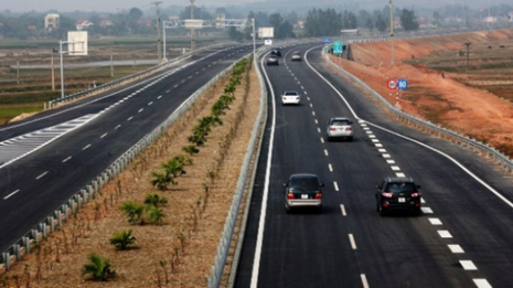 Những thói xấu của tài xế Việt Nam trên đường cao tốc - ảnh 2