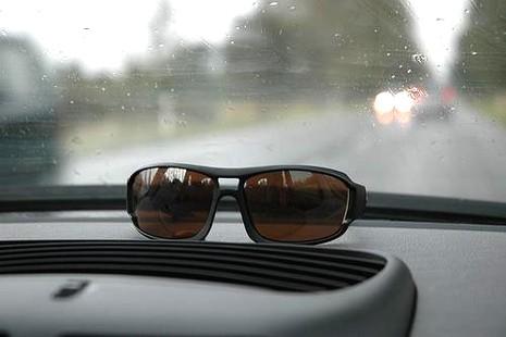 Mệt mỏi khi lái xe dễ gây nguy hiểm chết người - ảnh 2
