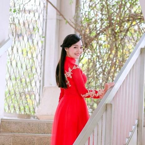 Tiết lộ về cô gái Việt tặng hoa Tổng thống Obama - ảnh 9