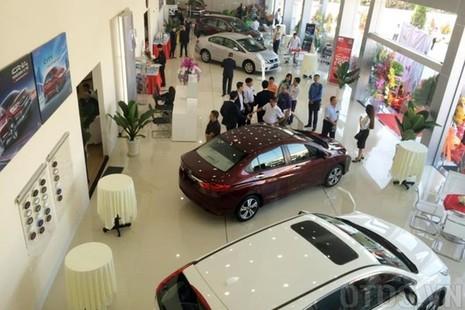 Lựa chọn ít ỏi khi mua ô tô với tầm tiền 400 triệu đồng - ảnh 1