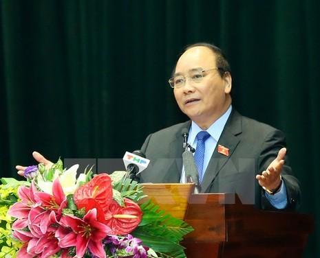 Thủ tướng giải đáp về TPP, ông Vũ Huy Hoàng với cử tri  - ảnh 2