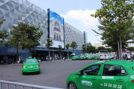 Hoàn thành bãi xe 550 tỉ đồng ở sân bay Tân Sơn Nhất - ảnh 2