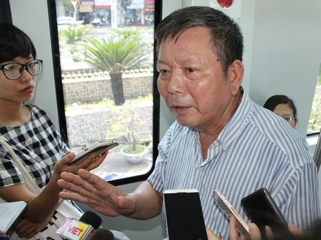 Người dân nói gì về mẫu tàu điện Trung Quốc sản xuất cho Việt Nam? - ảnh 2