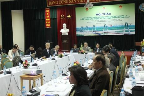 Cầu ở Việt Nam có tuổi thọ... thất thường - ảnh 1