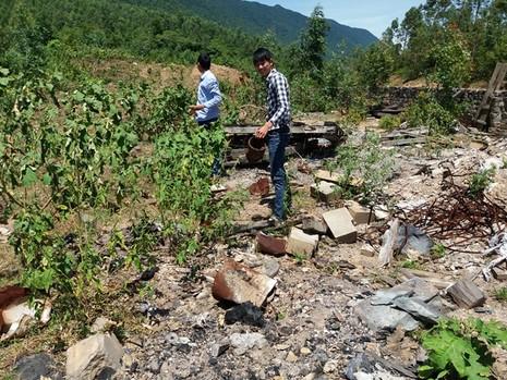 Lại phát hiện hàng tấn chất thải của Formosa chôn ở trang trại - ảnh 6