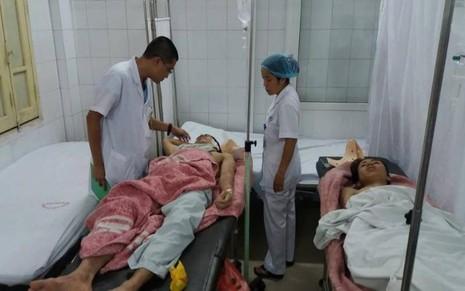 Hai nạn nhân đang điều trị tại BV Xanh Pôn