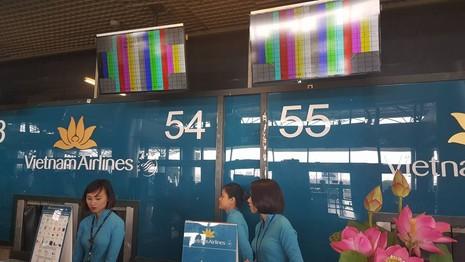 Sự cố màn hình tại Nội Bài không phải do tin tặc tấn công - ảnh 1