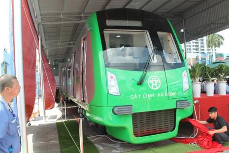 Mở cửa tuyến metro đầu tiên ở Việt Nam - ảnh 1