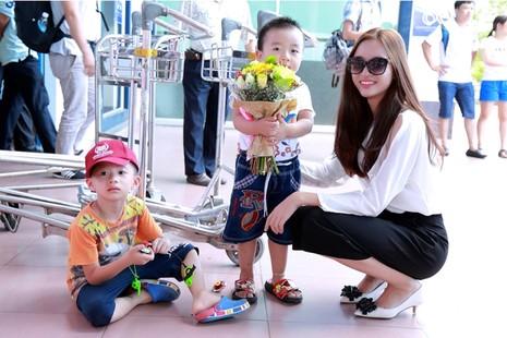 Dàn người đẹp 'ngoại' cuộc thi Hoa hậu Bản sắc Việt đổ bộ về nước   - ảnh 5