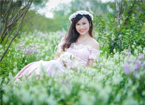 Hoa hậu Mỹ Linh,nghệ sĩ Xuân Bắc chấm thi SV thanh lịch - ảnh 2
