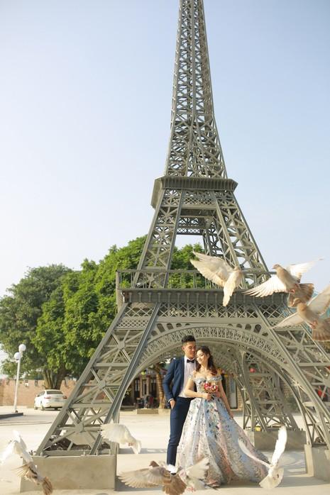 Dạo bước đại lộ ngôi sao, ngắm tháp Eiffel trên đất Bắc - ảnh 5