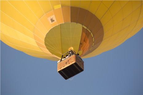 Ngắm Phan Thiết từ khinh khí cầu đầu tiên ở Việt Nam - ảnh 1