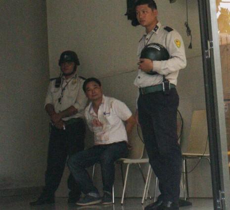 Nhân viên Trung Quốc chém ba người trong công ty ở Bình Dương - ảnh 1