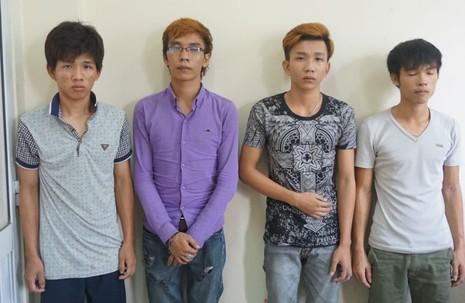 Bán hàng online bị dàn cảnh cướp 17 chiếc điện thoại xịn - ảnh 2
