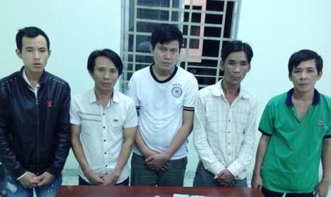 Các nghi can bị cơ quan công an bắt giữ