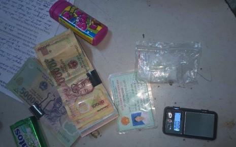 'Hiệp sĩ' triệt phá đường dây mua bán ma túy - ảnh 1