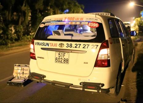 Vây bắt kẻ truy sát tài xế taxi cướp tài sản trong đêm - ảnh 2