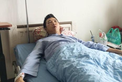 Xôn xao clip dân bị đánh, công an 'quay mặt' ở Biên Hòa - ảnh 2