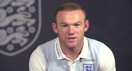 Rooney làm clip kêu gọi CĐV Anh đừng manh động - ảnh 1