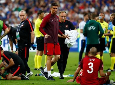 Eder nói gì khi ghi bàn thắng vàng cho Bồ Đào Nha? - ảnh 5