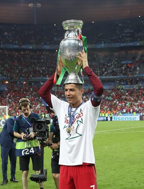 Ronaldo trở thành 'vua' của phương tiện truyền thông và mạng xã hội  - ảnh 1