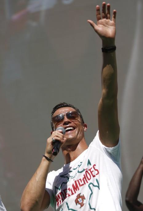 Ronaldo trở thành 'vua' của phương tiện truyền thông và mạng xã hội  - ảnh 3