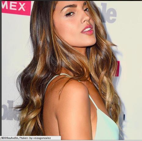 Người đẹp Mexico phủ nhận tin đồn hẹn hò với Ronaldo - ảnh 7