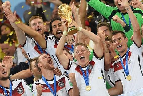 Chiếc cúp vàng World Cup của Đức có công không nhỏ của Bastian Schweinsteiger