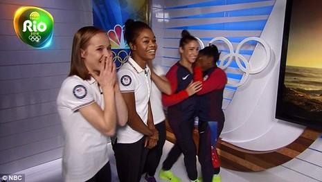 Nhờ đoạt 4 HCV Olympic, Simone Biles đã gặp được 'soái ca' trong mộng   - ảnh 4