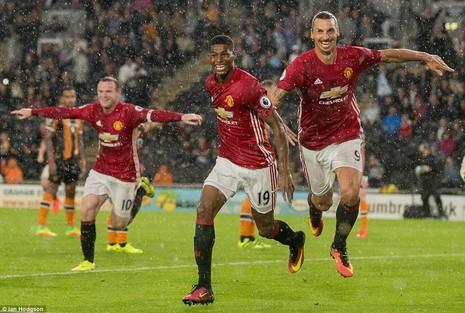 Giúp MU có 3 điểm, Marcus Rashford vẫn chưa được Mourinho tin tưởng - ảnh 1