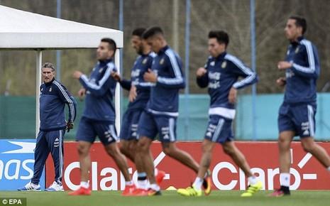 'Cầu thủ' 4 chân thay thế Messi ở đội tuyển Argentina - ảnh 3