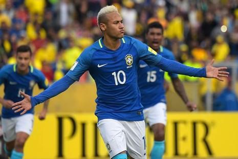 Bắt kẻ giả dạng Neymar để tống tiền phụ nữ bằng ảnh nóng - ảnh 1