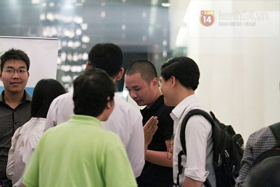 Nguyễn Hà Đông trở thành tâm điểm chú ý với phần trả lời 'siêu ngắn - siêu cá tính' 14