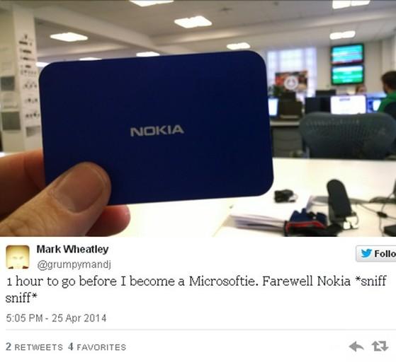 Chia sẻ trước giờ Nokia chính thức về Microsoft: 1 giờ nữa tôi đã trở thành người của Microsoft. Vĩnh biệt Nokia