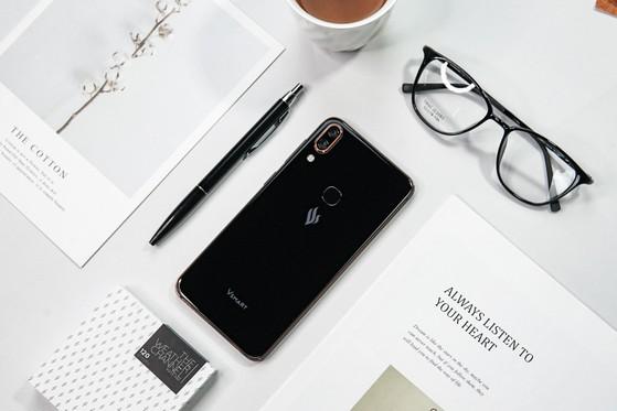 Có nên mua điện thoại Vsmart không.? – Review điện thoại Vsmart
