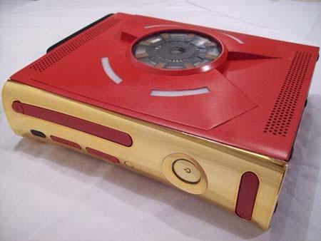 Mẫu Xbox 360 mà Perry đã độ lại là phiên bản cũ có bộ nhớ 120GB, cổng HDMI  và giá bán khoảng 360 USD.