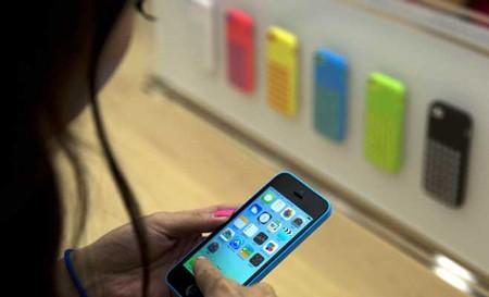 iPhone và iPad có thể sẽ bị tin tặc tấn công vì một lỗi nghiêm trọng trong iOS.