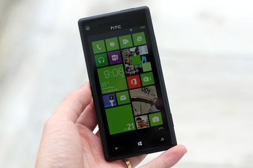 HTC-Windows-Phone-8X-JPG-13539-7524-3966