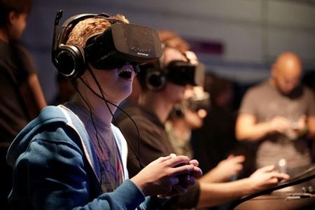 Facebook đã chi 2 tỷ USD để thâu tóm công ty sản xuất kính thực tế ảo Oculus