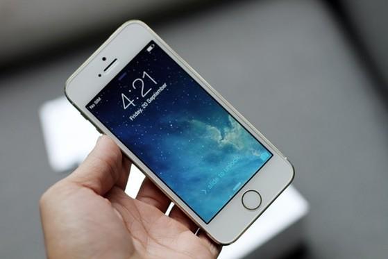 Facebook, hao pin, iPhone