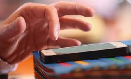 iPhone, iPad, Apple, hack, tống tền, Oleg Pliss