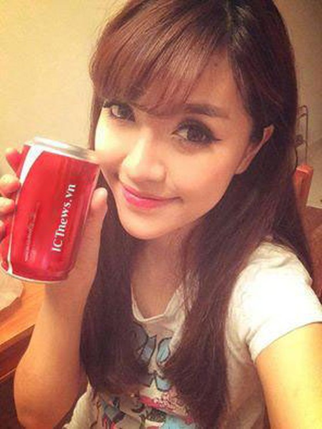 A7,5-Huong-dan-tu-in-ten-tren-lon-Coca-Cola.jpg