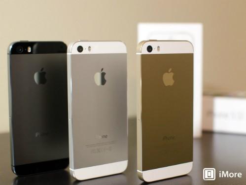 iPhone 5S đang xuống mức giá thấp nhất trong vòng một năm kể từ khi có mặt ở Việt Nam.